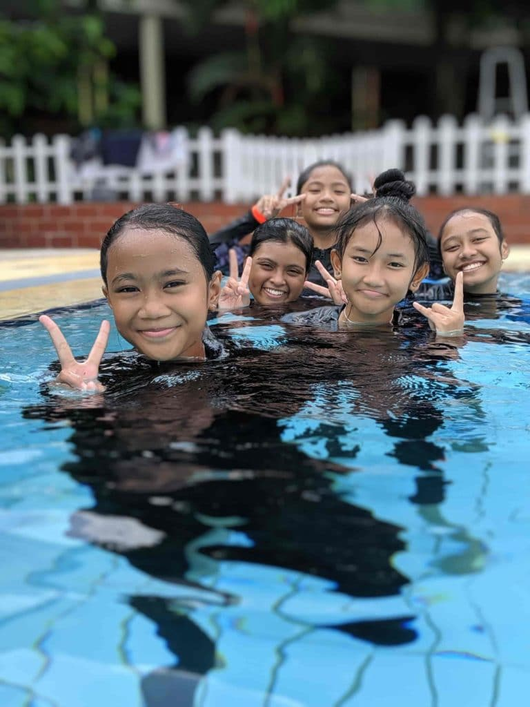 little fishes swimming student